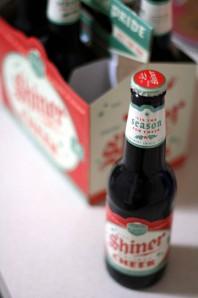 shiner holiday cheer - beer